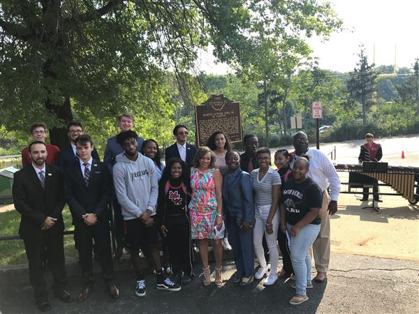 HISTORICAL MARKER IN PLACE TO COMMEMORATE MLK JR. SPEECH